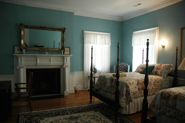 Bonnie Doone Interior