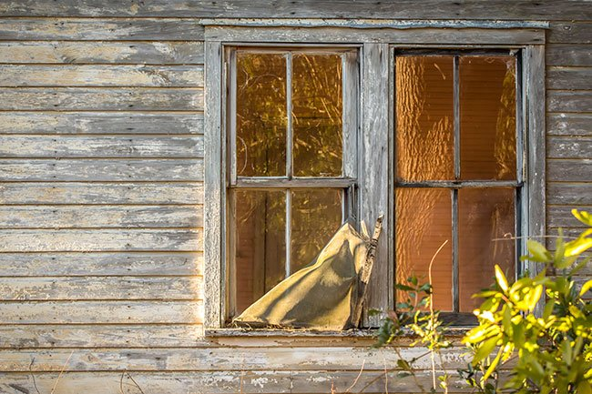 Bonnie's Barn House Window