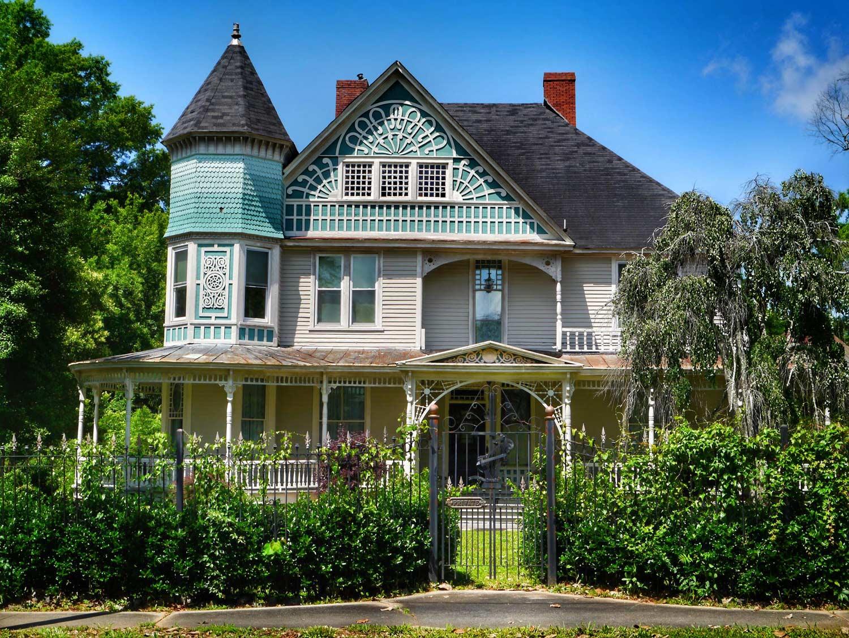 Brock-Brown-Hall Home