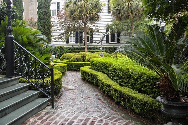 Calhoun Mansion Garden Walkway