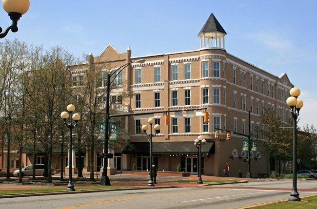 Chiquola Hotel