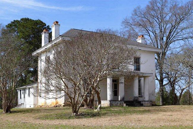Clanmore House Facade