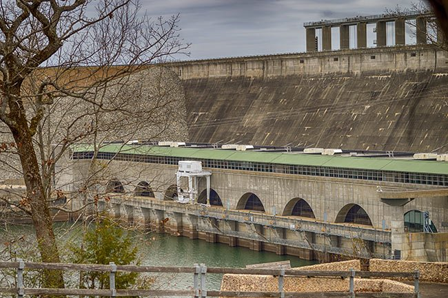 Dam on Lake Russell