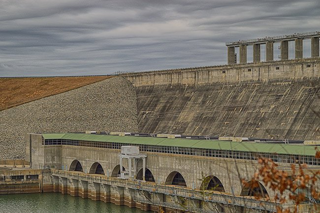 Dam on Lake Russell