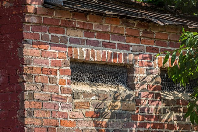 Eutawville Guard House Windows
