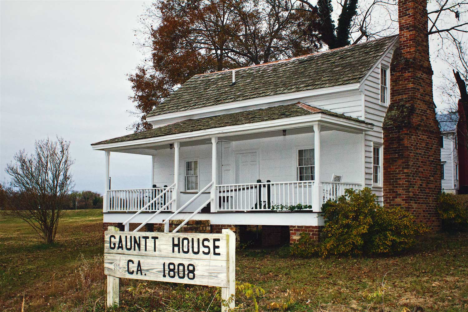 Gauntt House, Front View