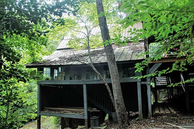 Golden Creek Mill, Front View