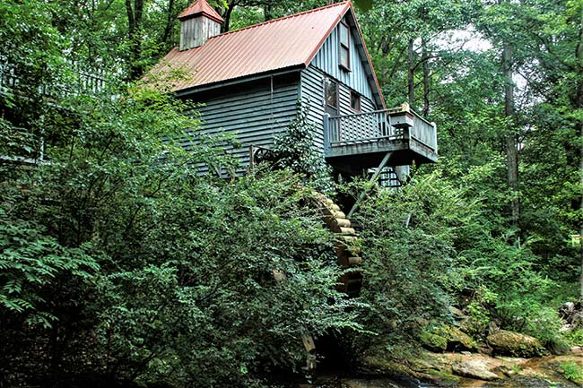 Golden Creek Mill, Side View