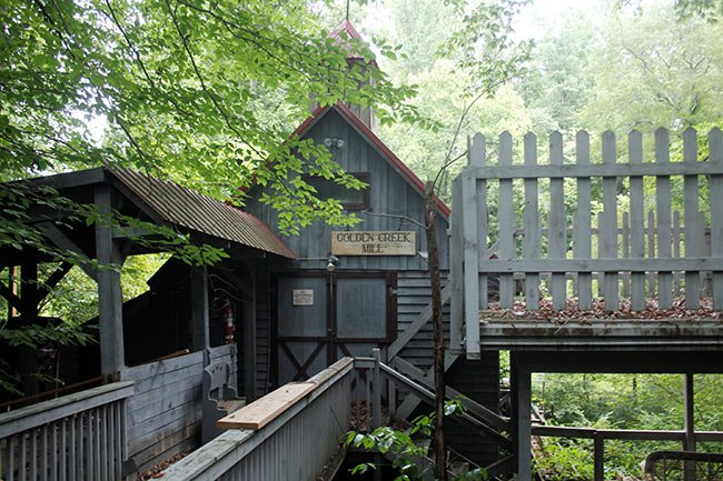 Golden Creek Mill, Walkway