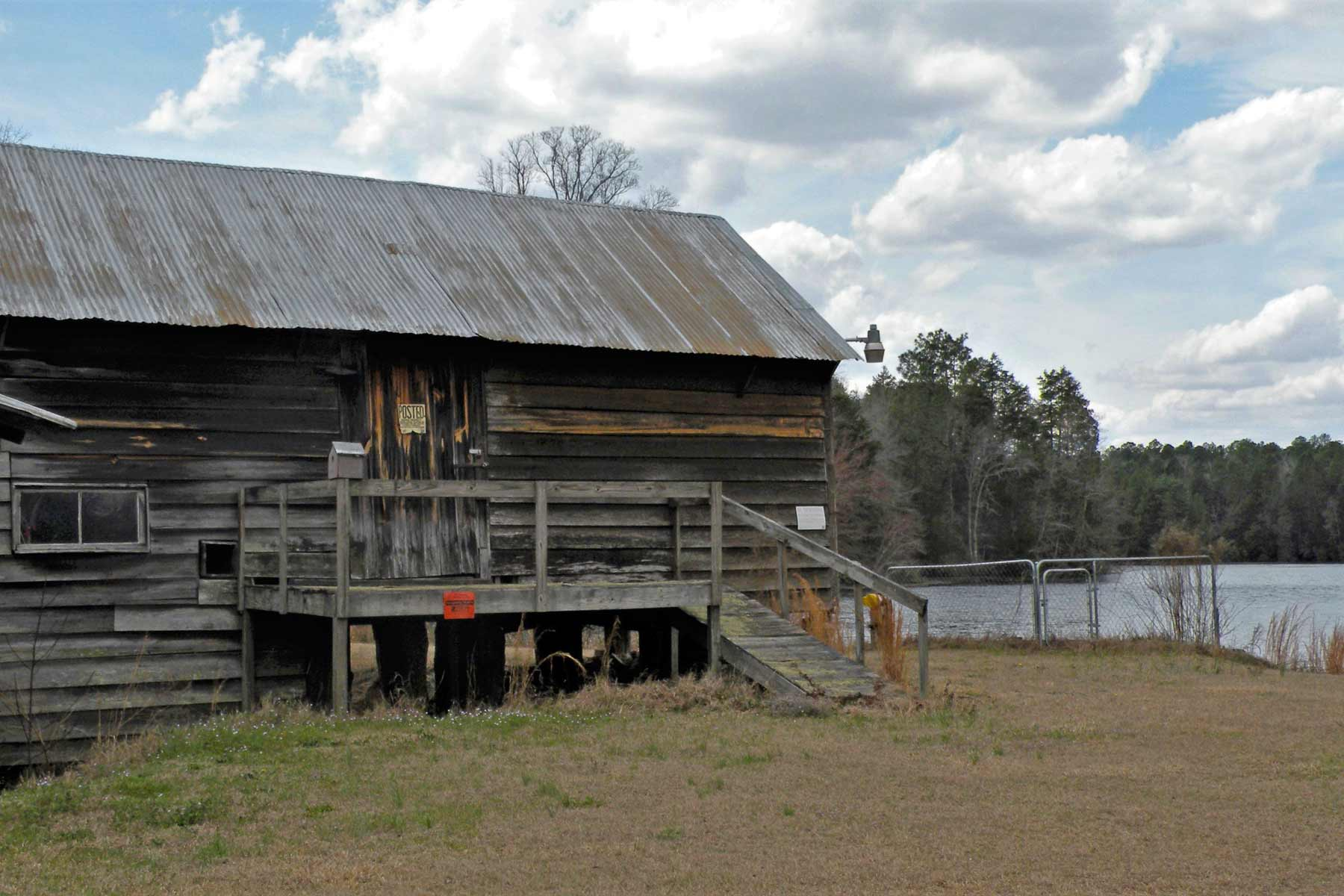 Huckabee Hallman Pond