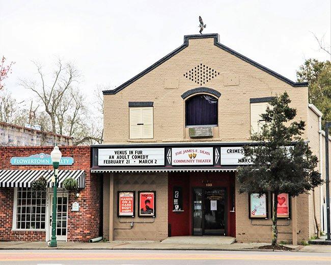James F. Dean Theater, Summerville