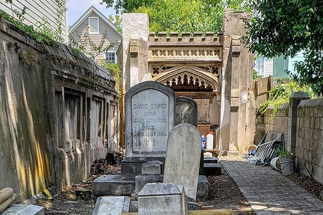 Kahal Kadosh Beth Elohim Cemetery