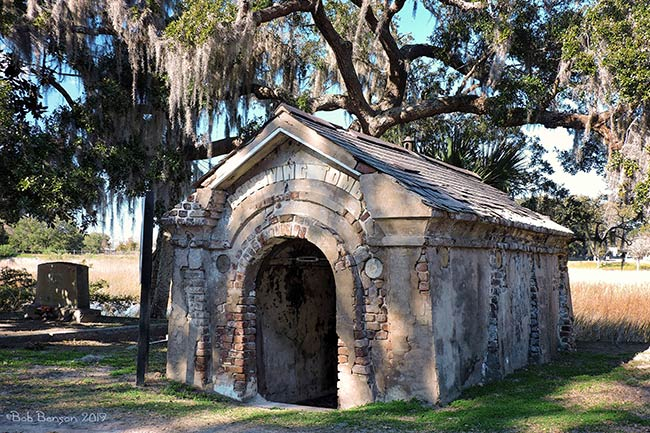 Magnolia Cemetery Receiving Tomb