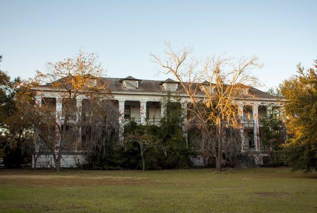 Marine Barracks Charleston Naval Base