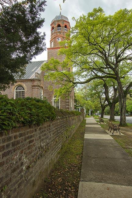 Prince George Winyah Church Sidewalk