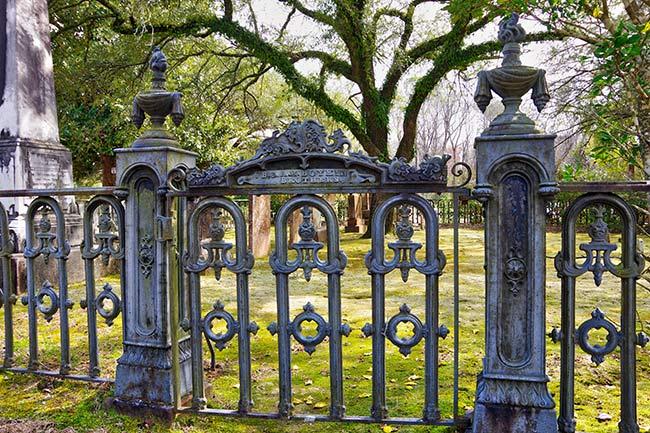 Quaker Cemetery Iron Gate