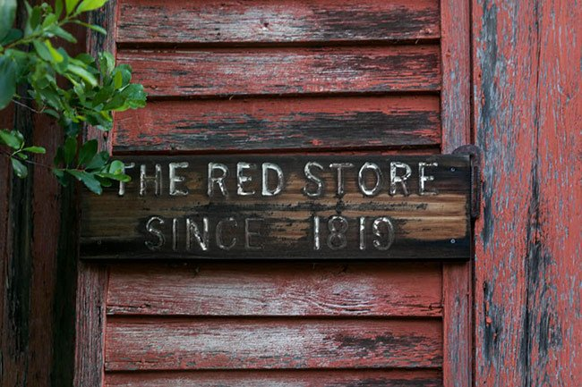 Red Store, Front Sign