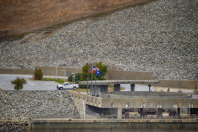 Lake Russell Dam Parking