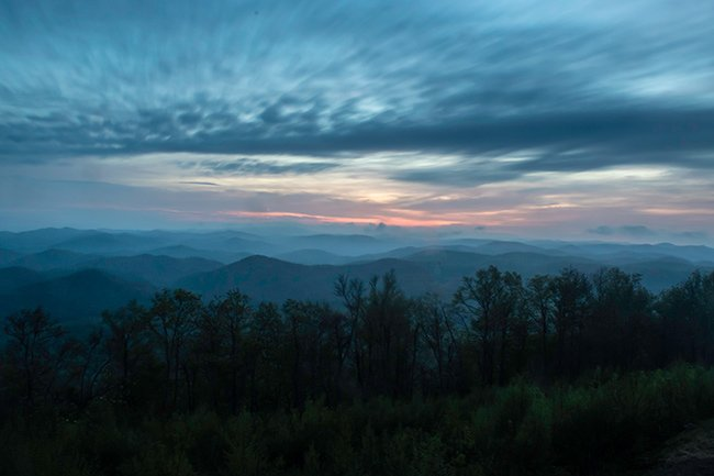Sassafras Mountain Overlook at Dawn