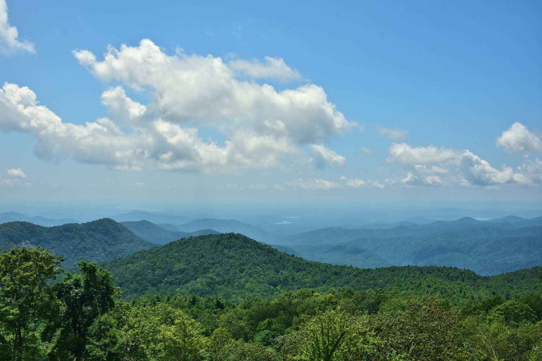 Sassafras Mountain Scenery