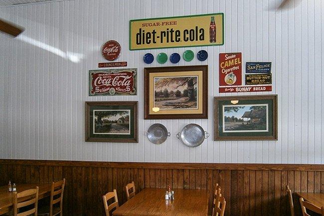 Scranton Schoolhouse BBQ Interior
