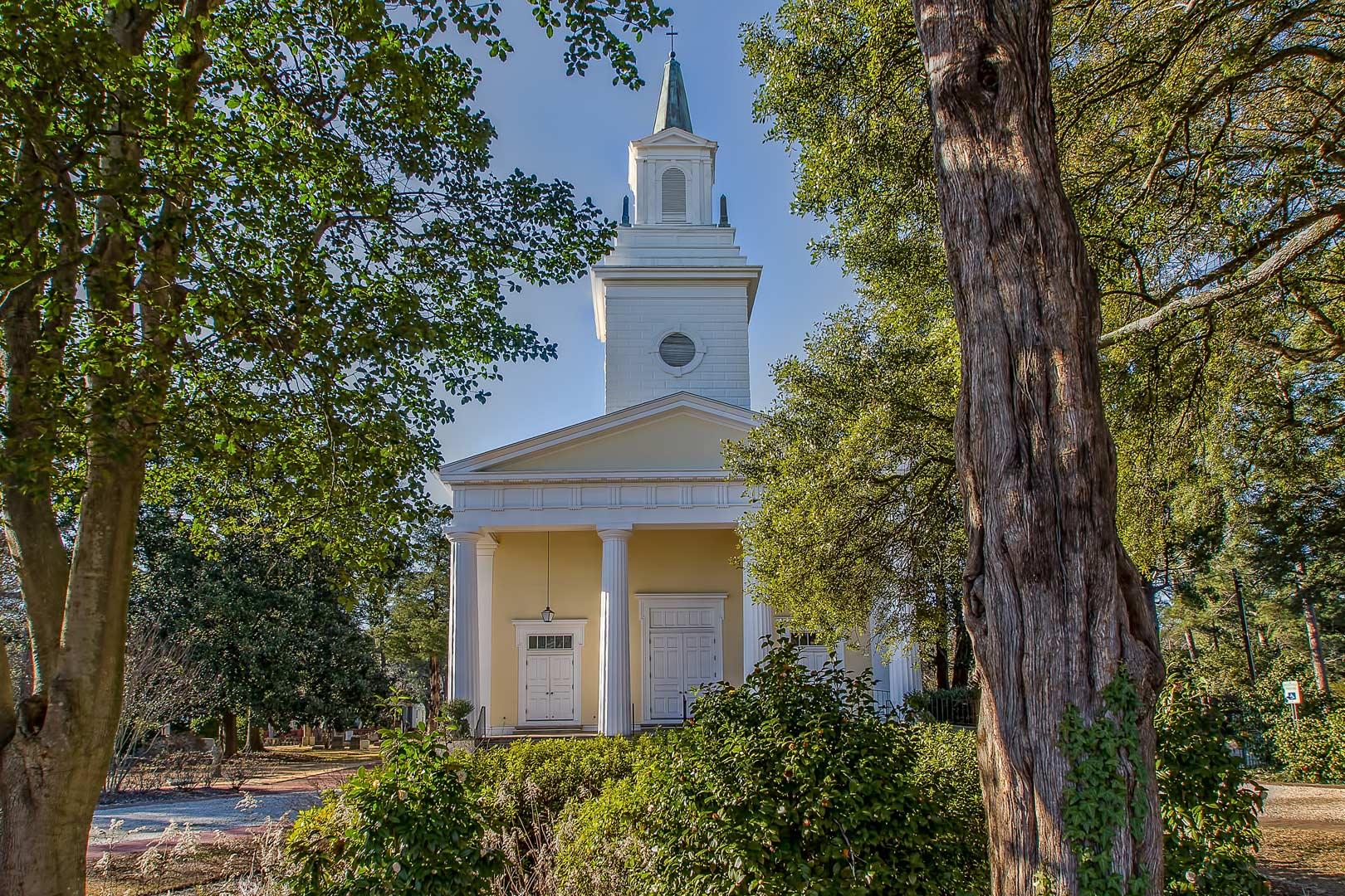 St. Thaddeus in Aiken, Facade