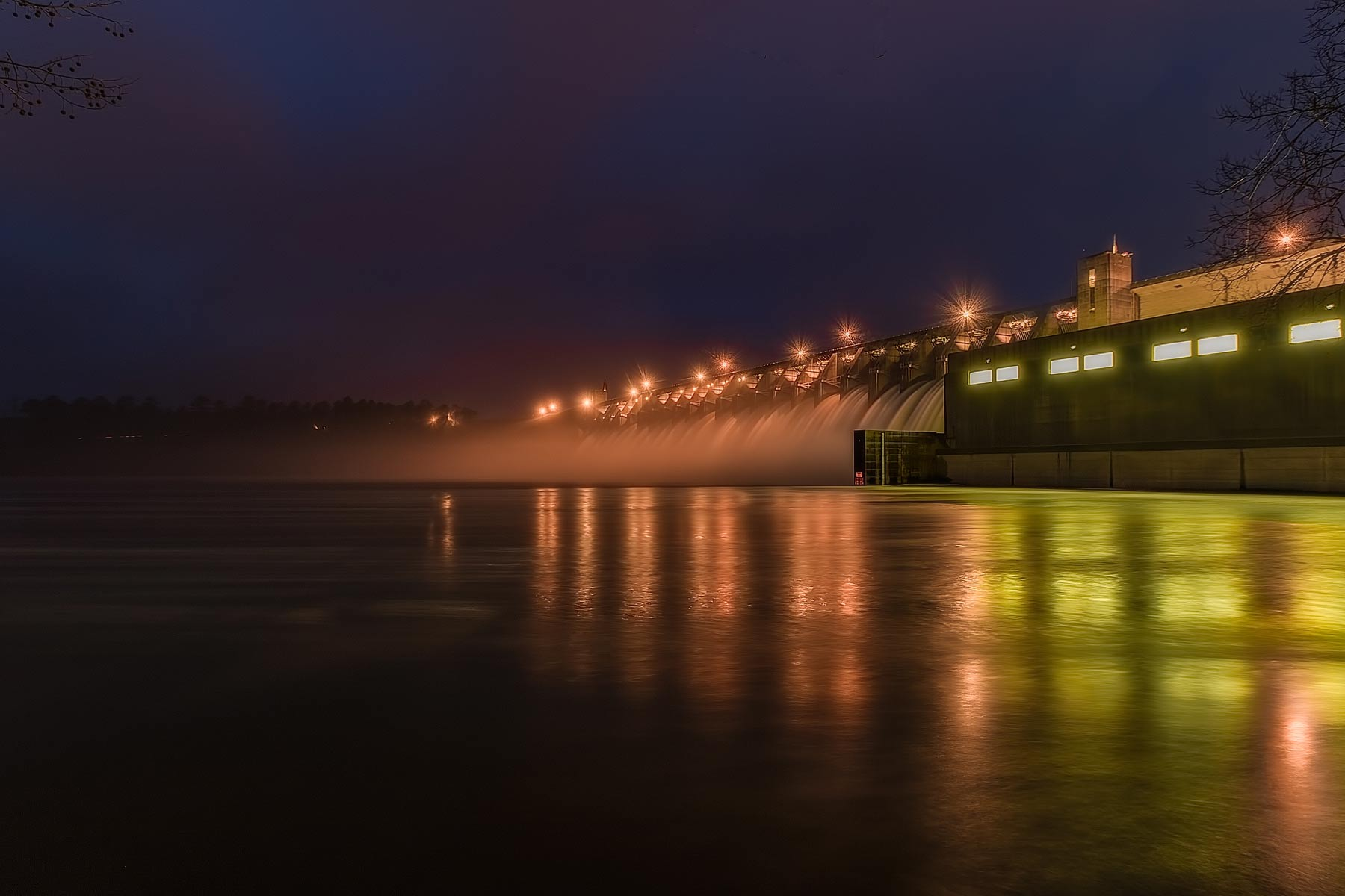 Strom Thurmond Dam at Night