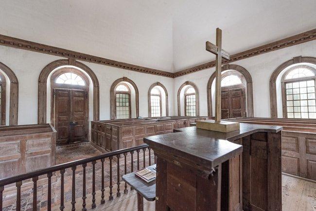 Wambaw Interior Pulpit