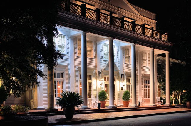 Aiken's Willcox Inn at Night