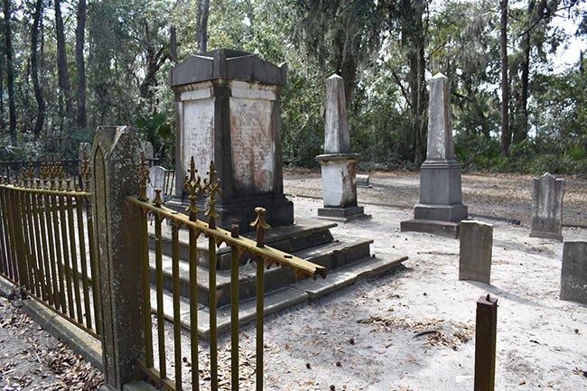 Zion Cemetery Broken Fence